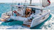 Sunsail Lagoon 424 aft
